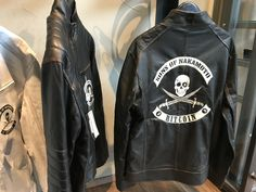 "Lederjacke ""Sons of Nakamoto"" für Crypto -Enthusiasten!  Im Store und online erhältlich! Adidas Jacket, Motorcycle Jacket, Athletic, Fashion, Leather Jacket, Jackets, Moda, Athlete, La Mode"
