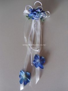 Blue hanging flowergirl hair comb image Flower Girl Hairstyles, Hair Comb, Artificial Flowers, Silk Flowers, Shades Of Blue, Wedding Flowers, Image, Decor, Fake Flowers