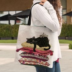 53 Ideas For Crochet Cat Purse Pattern Tote Bags Cat Purse, Cat Bag, Tote Pattern, Purse Patterns, Patchwork Bags, Quilted Bag, Tote Bags Handmade, Cat Quilt, Denim Bag
