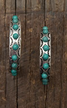 stone earrings Burnished Silver Hoop with Turquoise Stones Earrings Cowgirl Jewelry, Western Jewelry, Country Jewelry, Stone Jewelry, Silver Jewelry, Dainty Jewelry, Gold Jewellery, Metal Jewelry, Jewelry Box