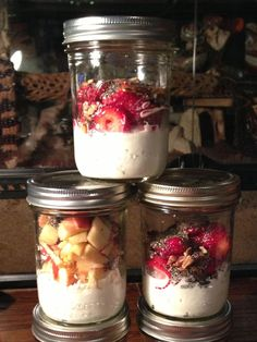 Picture of Home-made Cottage Cheese & Fruit Breakfast Healthy Protein Snacks, High Protein Recipes, Healthy Fruits, Good Healthy Recipes, Snack Recipes, Healthy Food, Amazing Recipes, Easy Recipes, Healthy Eating