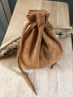 Suede Drawstring Pouch, Leather Drawstring Pouch Bag, Pouch, Native American Medicine Bag, Renaissance Pouch Bag - My Favorites Bag For Women Leather Accessories, Leather Jewelry, Leather Craft, Silver Jewelry, Renaissance, Leather Pouch, Leather Men, Native American Medicine Bag, Bag Display