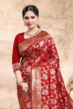 Silk Sarees With Price, Indian Flowers, Freezing Cold, Wedding Sarees, Indian Heritage, Saree Look, Wedding Sutra, Banarasi Sarees, Varanasi