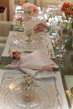 À ESPERA DA CEGONHA | Anfitriã como receber em casa, receber, decoração, festas, decoração de sala, mesas decoradas, enxoval, nosso filhos