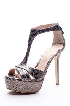 """Pour la Victoire: Ilena platform sandal 5"""" heel"""