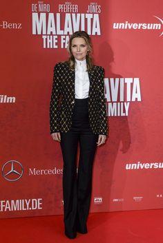 michelle-pfeiffer-the-family-german-premiere-alexander-mcqueen-honeycomb-jacket-long-sleeve-blouse-high-waist-pants.jpg 684×1,024 pixels