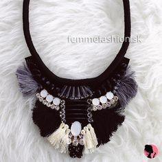 Jewelry, Fashion, Pom Poms, Necklaces, Moda, Jewlery, Jewerly, Fashion Styles, Schmuck
