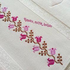 Cross Stitch Boarders, Cross Stitch Designs, Hand Embroidery Design Patterns, Loom Patterns, Elsa, Pattern Design, Artsy, Crochet, Instagram