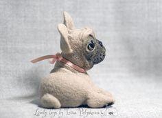 French bulldog. Needle felted sculpture by Irina Polyakova. February 5, 2008  #felting #art #needle_felting #bulldog #french_bulldog #dog #toy #handcraft #hand_craft #cute #sculpture #wool