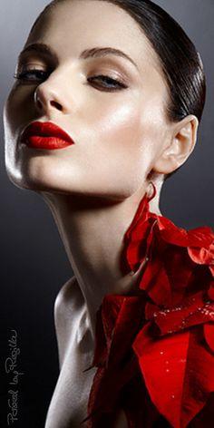 Regilla ⚜perfect lips !!!