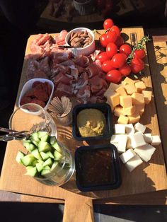 Tapas, Catering Buffet, Grazing Tables, Snacks, Charcuterie Board, High Tea, No Cook Meals, Food Inspiration, A Table