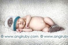 Hand Knitted Baby Hat  FOOTBALL   Football Fans por CottonPickings, $24.00