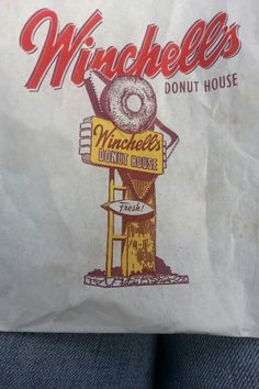 Mom use to always send me to the Winchells! For donuts & coffee!