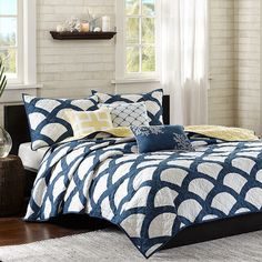 6-Piece Kokomo Coverlet Set - Coastal Christmas Refresh your master suite or guest room with this lovely coverlet set, showcasing a geometric pattern for eye-catching appeal.