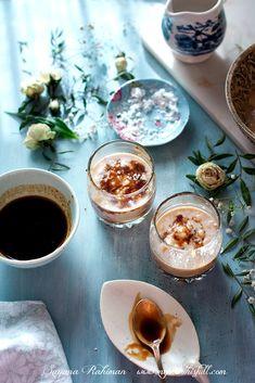 Chakkara Paal - Baby bananas, molten jaggery and freshly expressed coconut milk 'hand blended' milkshake Kerala Recipes, Ethnic Recipes, Kerala Food, Those Recipe, Few Ingredients, Creme Brulee, Freshly Baked, Milkshake, Coconut Milk