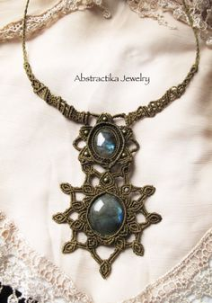 Rá - sacred geometry macrame necklace with labradorite gemstone. goodess, mandala, sun, earthy, tribal, egiptian jewelry