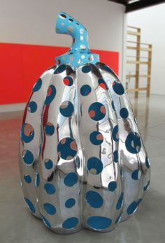 YAYOI KUSAMA  Reach Up to the Universe, Dotted Pumpkin, 2010  Aluminum, paint  78 3/4 x 51 x 51 inches  (200 x 129.5 x 129.5 cm)