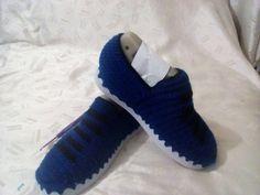 Vendo zapatos mocasín para hombre en Crochet has tu pedido wasap 3166320651, $150.000 Bogotá Colombia.
