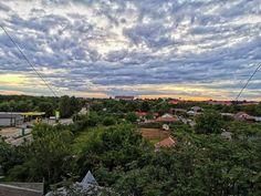 "37 aprecieri, 0 comentarii - Vlad (@vladbratualexandru) pe Instagram: ""#skyphotography #skyporn #shotonhuawei #huaweip30pro #summer #perfectday #natureporn #beautifulday…"" Perfect Day, Mountains, Nature, Summer, Travel, Instagram, Naturaleza, Summer Time, Viajes"