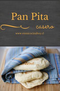 Una receta sencilla para hacer el delicioso pan pita casero cada vez que desees. También lo puedes congelar una vez cocinado. Pan Bread, Bread Baking, Comida Diy, Real Food Recipes, Cooking Recipes, Chilean Recipes, Salty Foods, Pan Dulce, Snacks