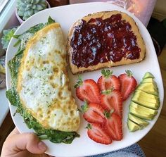Chicken Breakfast, Breakfast Ideas, Healthy Snacks, Healthy Recipes, Healthy Life, Good Food, Yummy Food, Food Goals, Aesthetic Food