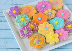 Pretty Flower Decorated Cookies -( How to make flower decorated cookies)