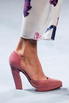 Nina Ricci Fall 2014 RTW - Details - Vogue