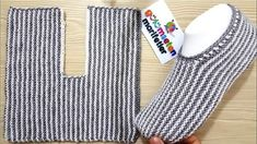 En kolay Bay Bayan Patik Modeli / Ä°ki ÅŸiÅŸ ile Erkek patik modeli / Ä°… - Schuh Aufbewahrung Tea Cosy Knitting Pattern, Knitting Socks, Baby Knitting, Knitted Slippers, Crochet Slippers, Knit Crochet, Knitting Designs, Knitting Patterns, Crochet Patterns