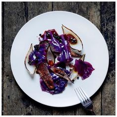 A dish from 2 of the most exciting and promising rising stars in the London and global scene @lowejames and @its_isaac from the times of Ten Bells. Roast Mallard, red cabbage and elderberries #london #shoreditch #fourmagazine #food #foodie #foodporn #foodart #foodgasm #michelin #autumn