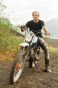Scrambler Motorcycle, Honda Motorcycles, Custom Motorcycles, Vespa, Desert Sled, Rv Truck, Big Boyz, Girls Football Boots, Snowboard Girl