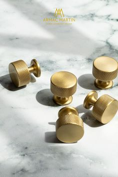 The Sparkbrook brass hardware collection features a machined diamond knurl to give each solid brass cabinet handle its distinctive look. Beautifully paired with modern spaces, this industrial style collection features a t-bar, knob and two types of pull handle to enhance cabinet doors and drawers. Choose matt black to make a statement or satin brass for a touch of luxury, available in over 20 signature finishes. Brass Cabinet Hardware, Kitchen Cabinet Hardware, Brass Handles, Cabinet Knobs, Brass Kitchen, Modern Spaces, Modern Kitchen Design, Rustic Style, Industrial Style