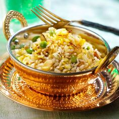 Discover the recipe for Indian biryani rice Rice Recipes, Indian Food Recipes, Asian Recipes, Vegetarian Recipes, Cooking Recipes, Healthy Recipes, Detox Recipes, Cream Recipes, Biryani Rice Recipe