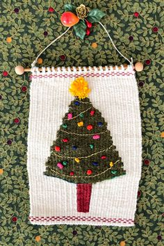 Weaving journal- how I wove a Christmas tree on a little loom. Christmas Stockings, Christmas Tree, Christmas Ornaments, Fibre And Fabric, Tapestry Weaving, Fabric Crafts, Fiber Art, Loom, Weave