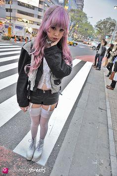 120413-0296: Japanese street fashion in Harajuku, Tokyo (Valentine, Music Legs, Tokyo Bopper, Coach)