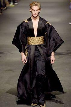 Alexander McQueen Fall 2006 Menswear Collection Photos - Vogue #alexandermcqueencouture