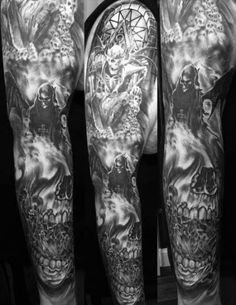 The sickest Avenged Sevenfold tattoo I've seen. This was totally my vision of what I wanted Fan Tattoo, Tattoo Life, Devil Tattoo, Tattoo Arm, Quote Tattoos Girls, Tattoos For Guys, Tattoos For Women, Trendy Tattoos, Cool Tattoos