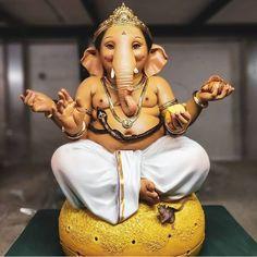 Shri Ganesh Images, Ganesha Pictures, Ganesha Drawing, Ganesha Art, Kali Hindu, Hindu Art, Happy Ganesh Chaturthi Images, Baby Ganesha, Ganesh Photo