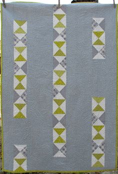 """Chantelle Brightbill used a lovely free-motion quilting pattern to enhance her 37"""" x 52"""" Broken Chain quilt."""