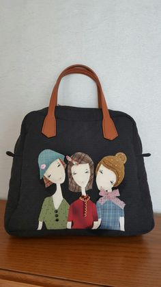Patch Quilt, Applique Quilts, Kokeshi Dolls, Denim Bag, Quilted Bag, Red And Pink, Fashion Bags, Decoupage, Sewing Projects