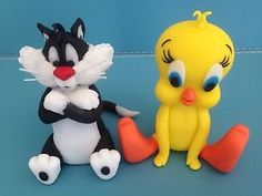 Tweety and Sylvester Gold Iey