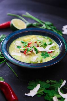 This super healthy vegetarian Tom Kha soup is perfect to beat any cold that may be attacking you this season as it's packed with vitamins! Thai Recipes, Paleo Recipes, Soup Recipes, Thai Bbq Chicken, Tom Kha Soup, Vegetable Stock Cubes, Onion Vegetable, Fish Sauce, Cheeseburger Chowder