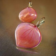 #florizi#jewelry.  Hydrangea earrings, dried petals and epoxy resin