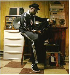 Jamel Shabazz - 62 Artworks, Bio & Shows on Artsy Fashion Mag, Hip Hop Fashion, Look Fashion, Retro Fashion, Mode Hip Hop, Hip Hop Rap, Ny Style, Wild Style, Beats Rhymes And Life
