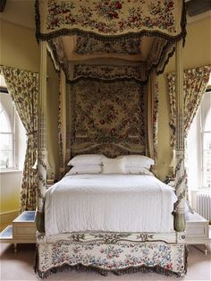 Inveraray Castle: A George III state bed in the Duchess's turret, on the private side of the house.