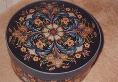 """Trudy Peach VINTAGE OIL Rosemaling pattern """"Round Cheesebox with 6"""" sides"""""""