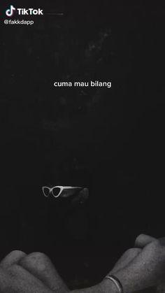 Instagram Music, Instagram Quotes, Feeling Broken Quotes, Emotional Songs, Quotes Galau, Song Lyrics Wallpaper, Cartoon Jokes, Sad Life, Galo