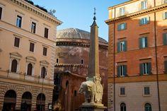 Le plus petit obélisque de Rome, place Minerva
