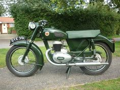 . British Motorcycles, Vintage Motorcycles, Old Bikes, Classic Bikes, Scooters, Motorbikes, Panther, Harley Davidson, Wheels