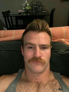 Bears with Moustache and big belly Walrus Mustache, Mustache Styles, Beard No Mustache, Scruffy Men, Hairy Men, Bearded Men, Handsome Boys, Moustaches, Hipster Haircuts For Men