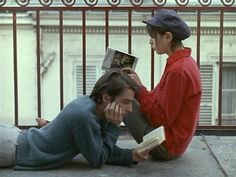 Jean-Pierre Leaud and Juliet Berto reading books Jean Pierre Leaud, Photographie Portrait Inspiration, The Cardigans, Poesia Visual, The Love Club, Jean Luc Godard, Romance, Foto Art, French Films